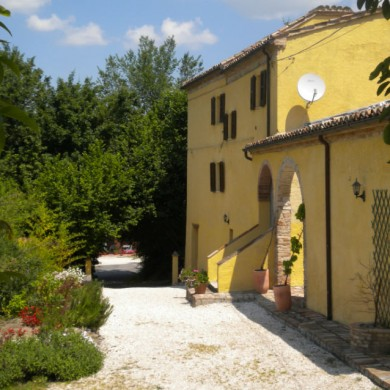 group accommodation italy