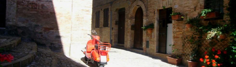 Sarnano centro storico Le Marche Ital