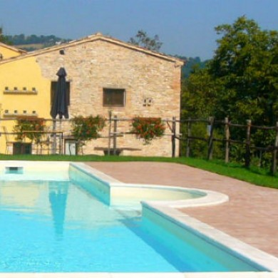 Le Marche farmhouse for rent Italy