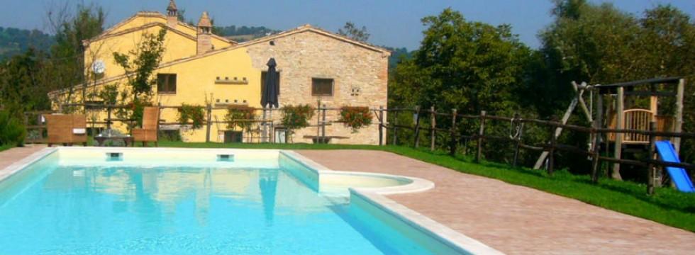 Le Marche farmhouse for rent Italy