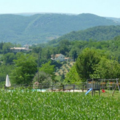 marche holiday rentals