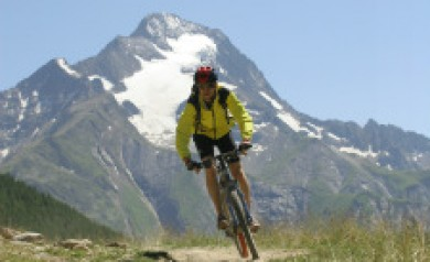 le marche cycle holiday italy