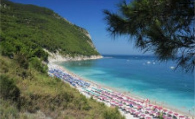 adriatic beaches le marche