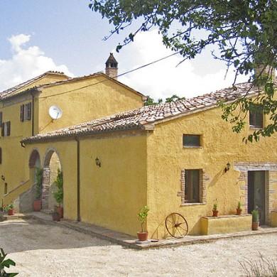 italy villas le marche