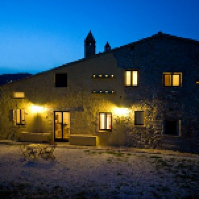 large home for rent italy