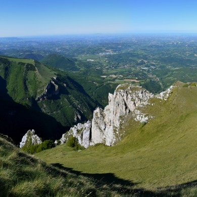 Walking holidays Italy Le Marche