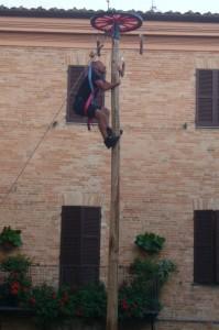 Sarnano Borgo in Gioco- tradional games event