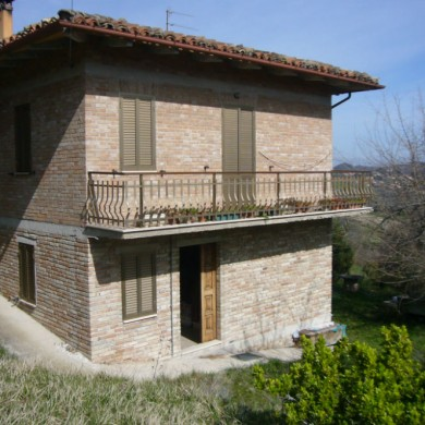 big marche house for sale italy