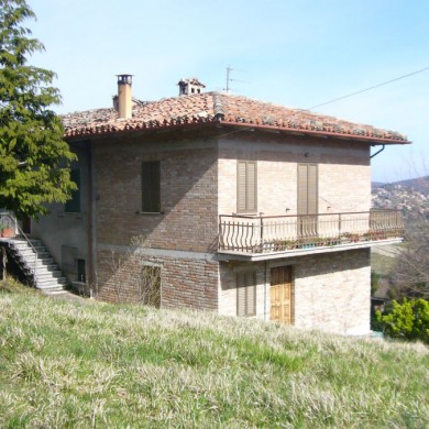 Sarnano country property & land
