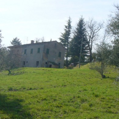 le marche country house sale sarnano