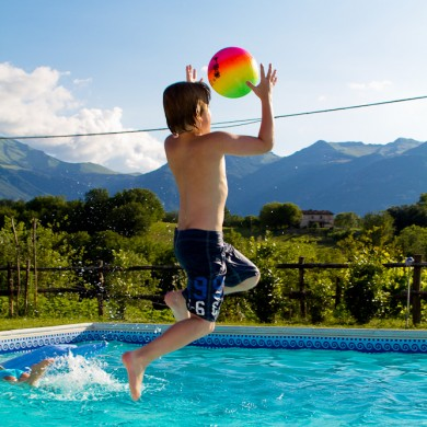le marche family villa pool