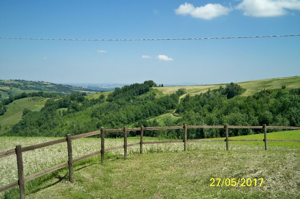 Italian houses for sale in Marche