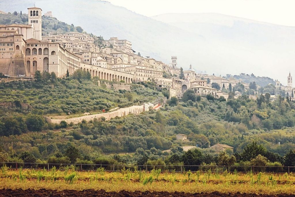 off the beaten track walking italy
